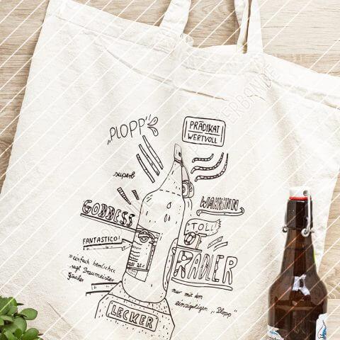 Das Bild zeigt eine Einkaufstasche mit einem Plott-Design der Plotterbande mit einer Bierflasche